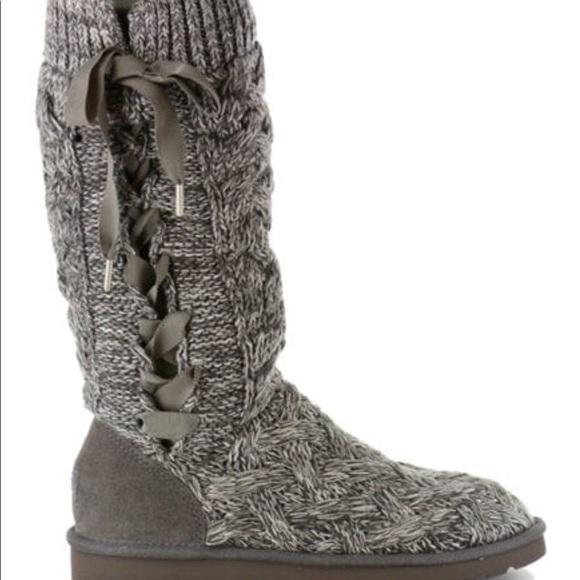 Ugg Grey Lace Up Knit Mahalya Boots